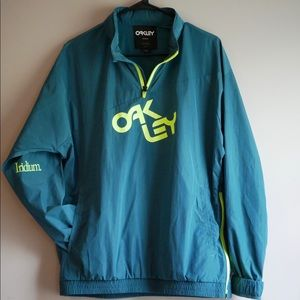 Multi functional Oakley Windbreaker